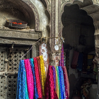 Kathy Sigman: Chillies, Ancient Swastikasa and Scarves, India_Colour Pictorial 2nd